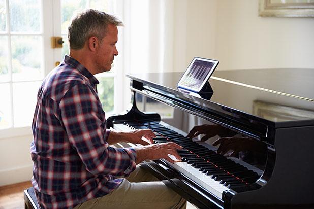 Đàn Piano ĐIện Yamaha CVP 709 GP PWH