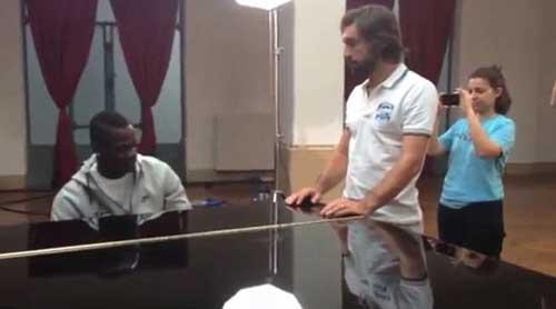BALOTELLI LA LUOT CHOI PIANO TANG PIRLO