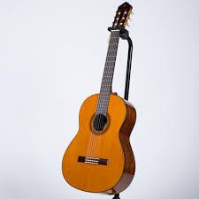 Đàn guitar yamaha cg162s