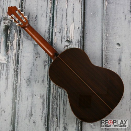 đàn guitar yamaha cg182s