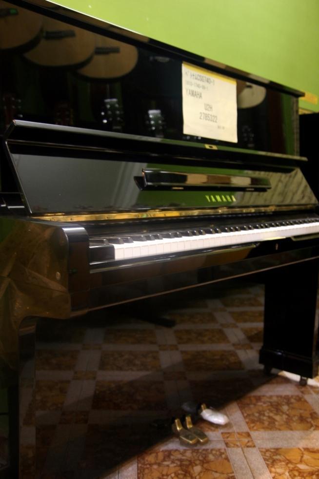 Cua hang ban dan piano