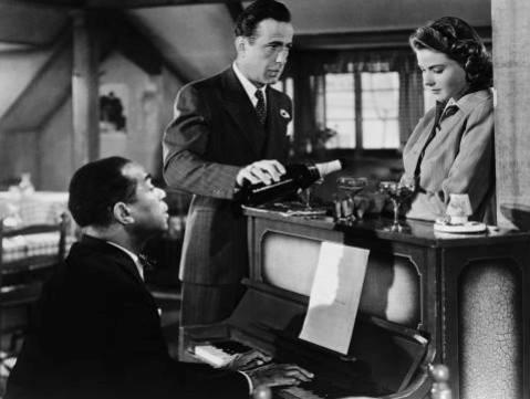 Dau gia cay dan piano trong phim kinh dien Casablanca