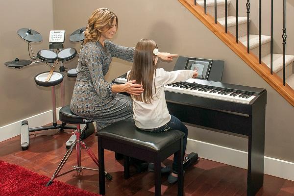 Đàn Piano Điện Dynatone SLP 150