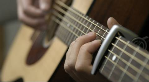 5 phụ kiện cần thiết nhất cho đàn Guitar