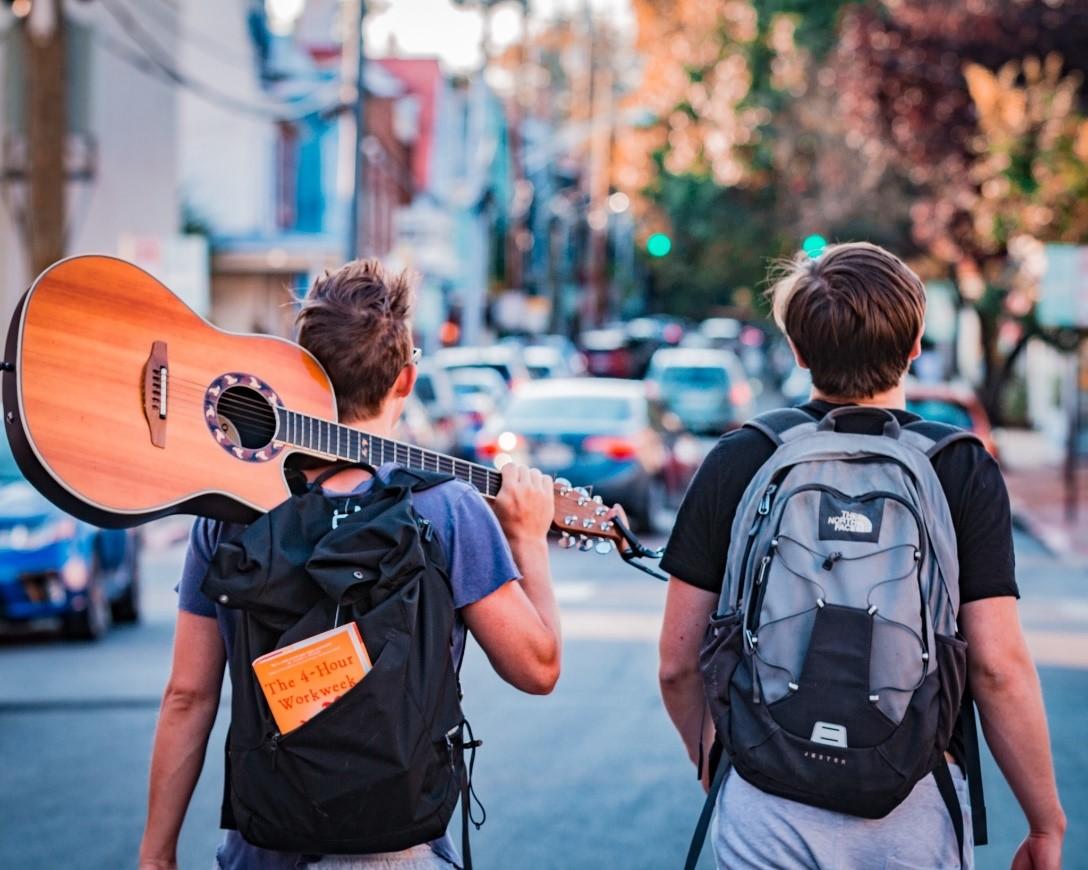 8 lý do chơi guitar tốt cho sức khỏe và tâm lý của bạn