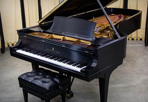 SO SÁNH ĐÀN PIANO ĐIỆN VỚI PIANO CƠ
