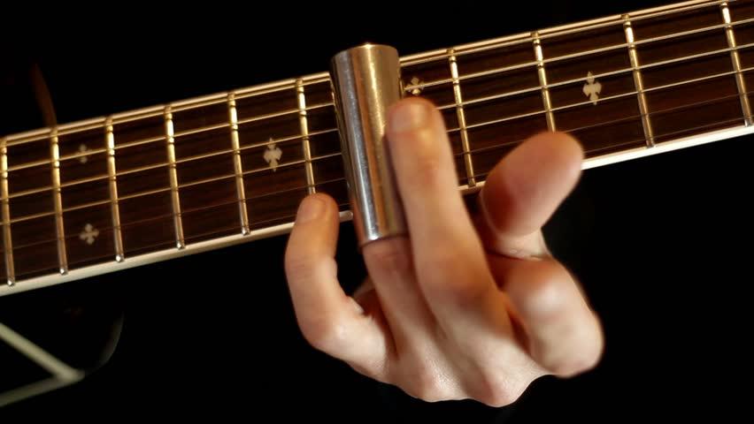 trượt đàn guitar theo fingerstyle