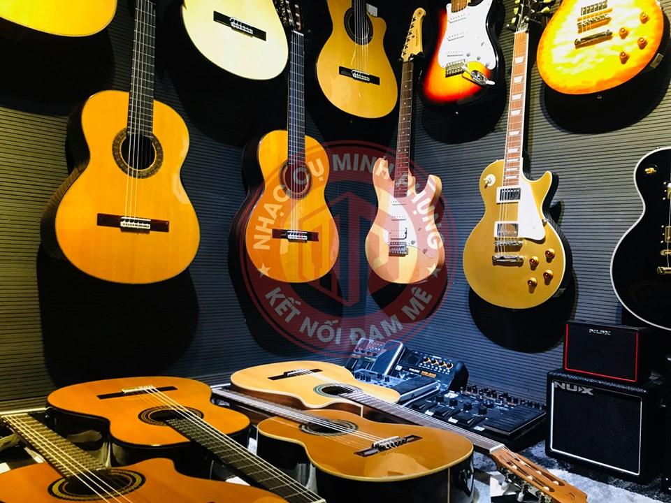 showroom Guitar Nhạc cu Minh Phung