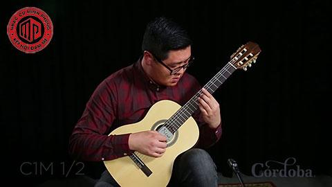"""Đàn guitar classic cordoba là gì? Đặc điểm gì mà """"sốt"""" đến thế"""