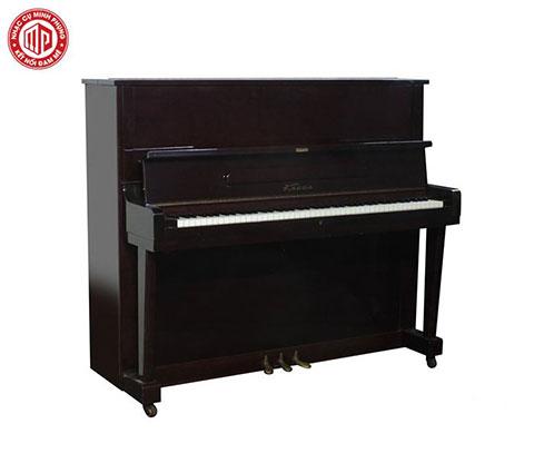 Giải đáp thắc mắc nên mua piano cơ hay piano điện tử ?