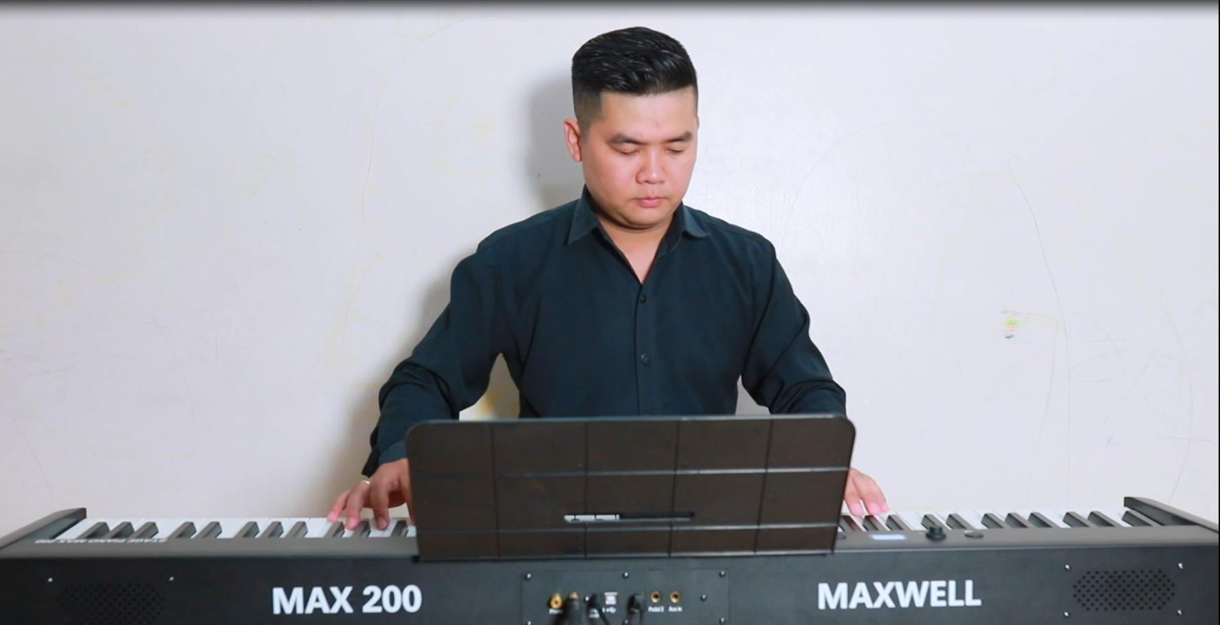 Cover Em Không Sai Chúng Ta Sai|| Đàn Piano Điện Maxwell 200
