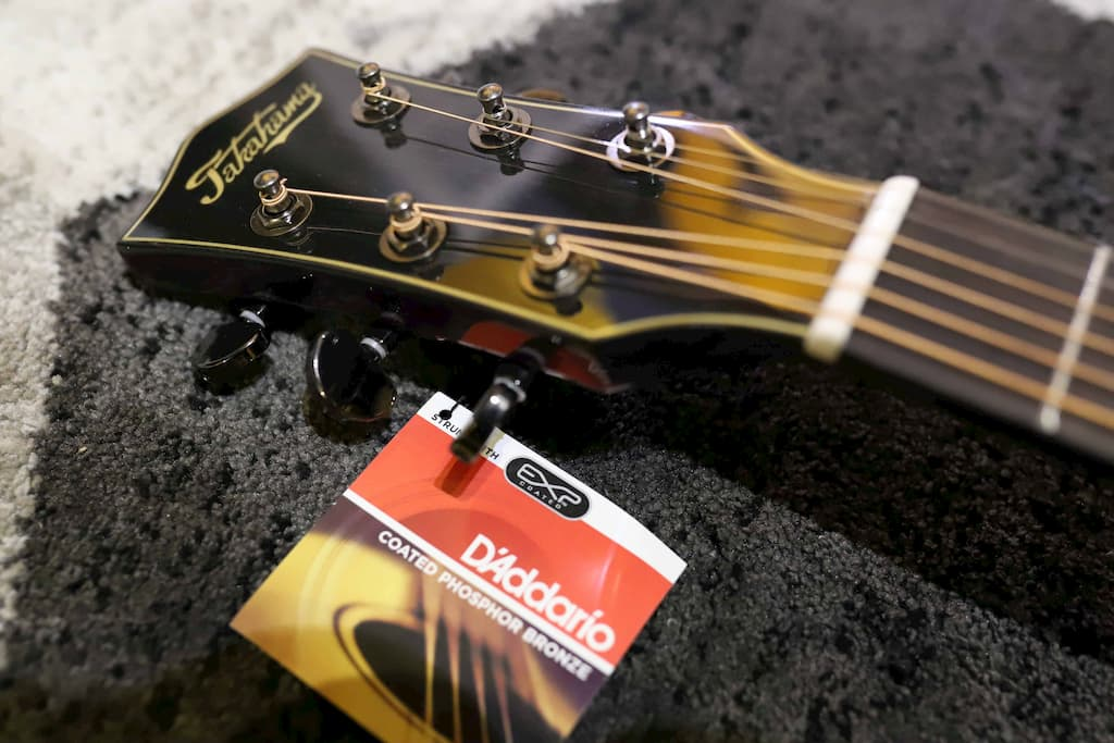 Đàn Guitar Acoustic Takahama AT170
