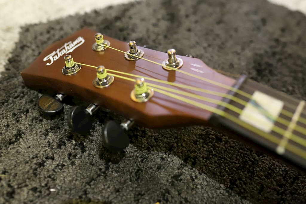 Đàn Guitar Acoustic Takahama ATK100CE-N