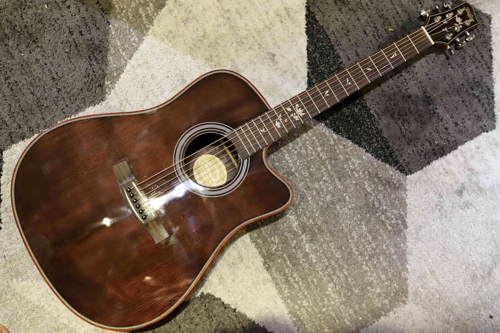 Đàn Guitar Acoustic Takahama ATK210CE-BK