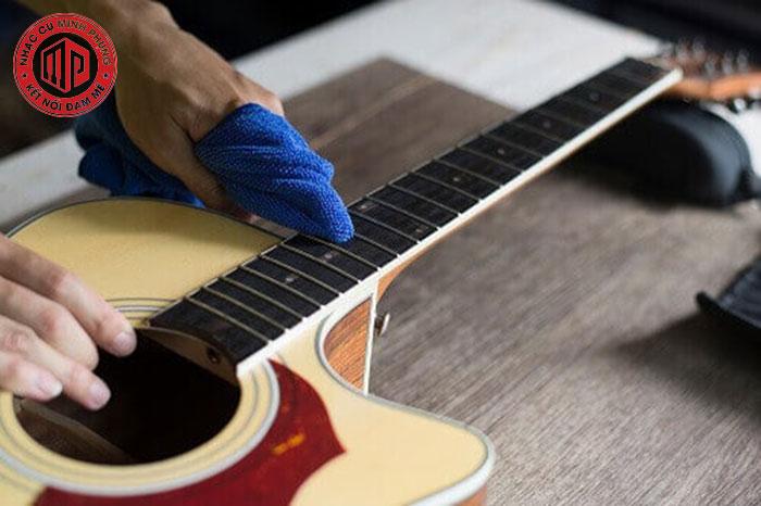 3 yếu tố căn bản để biến đàn guitar classic cũ thành mới như lúc đầu