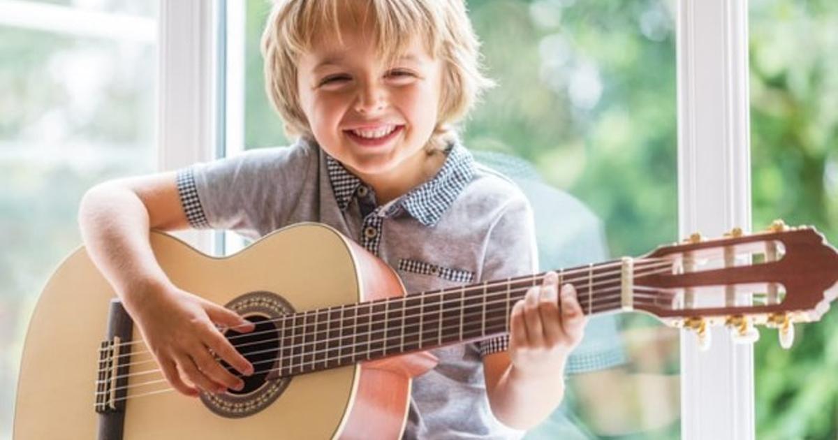 đàn guitar mini cho bé