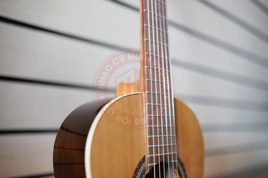 dan-guitar-cuenca-10