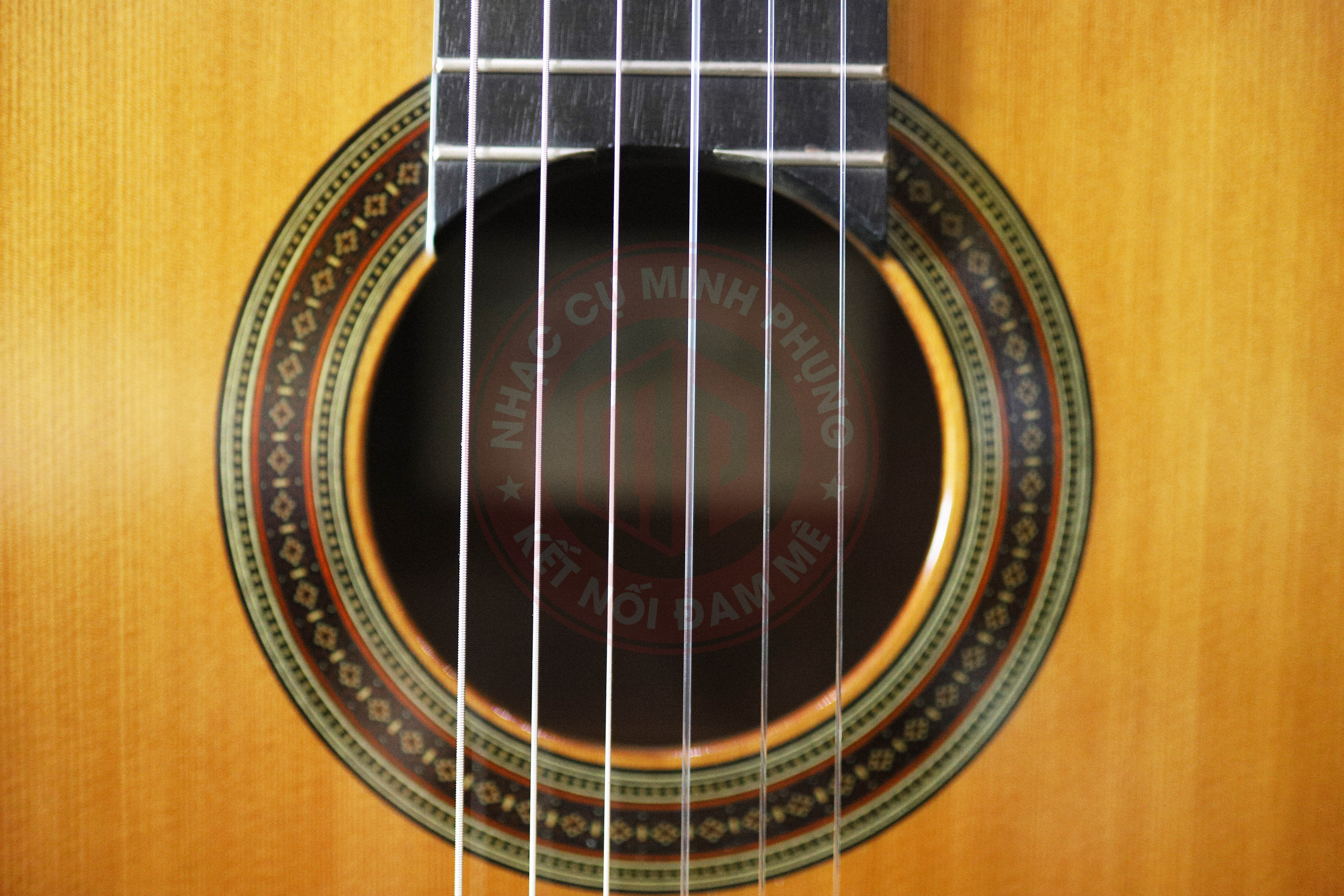 Đàn Guitar Classic Cuenca 40R