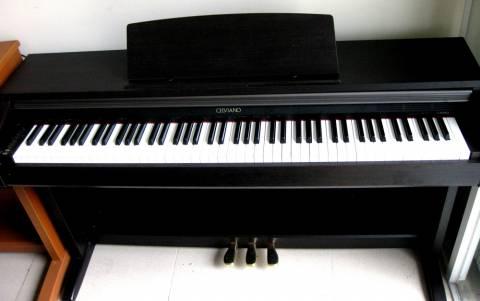 Đàn piano điện tử cũ giá rẻ có thật sự bền?