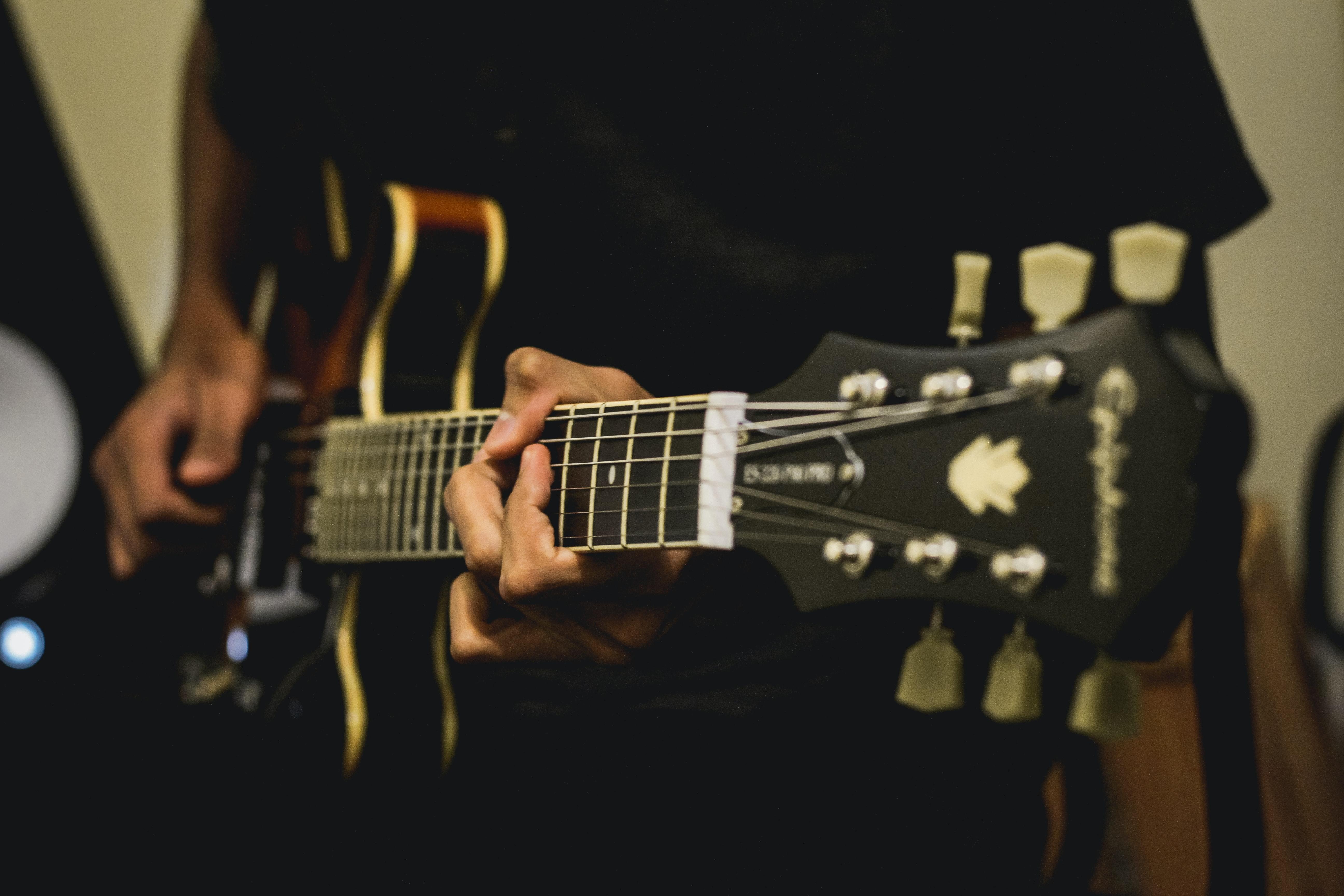 Hợp âm màu Guitar: Siêu đã tai khi đệm hát