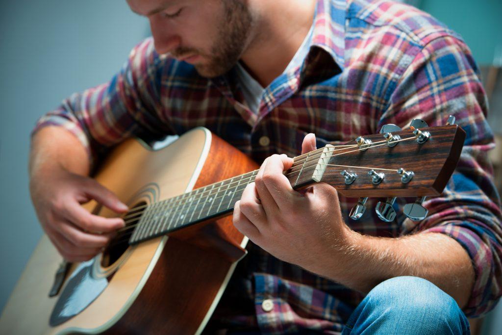 luyen_ngon_tay-voi_guitar
