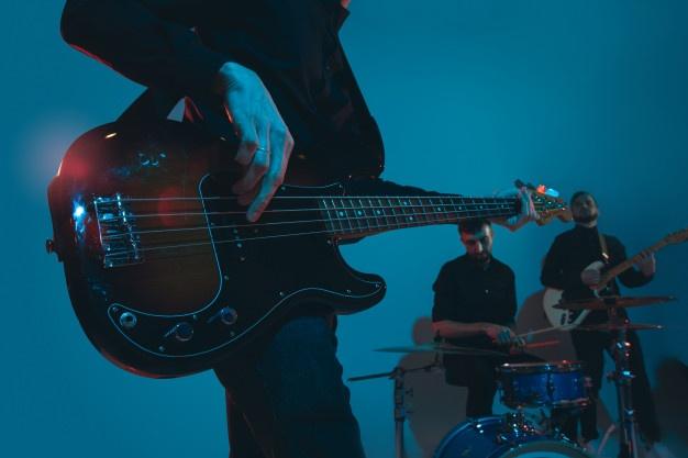 dan_guitar