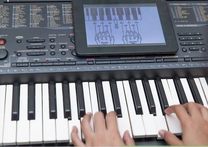 hoc_piano_tai_nha