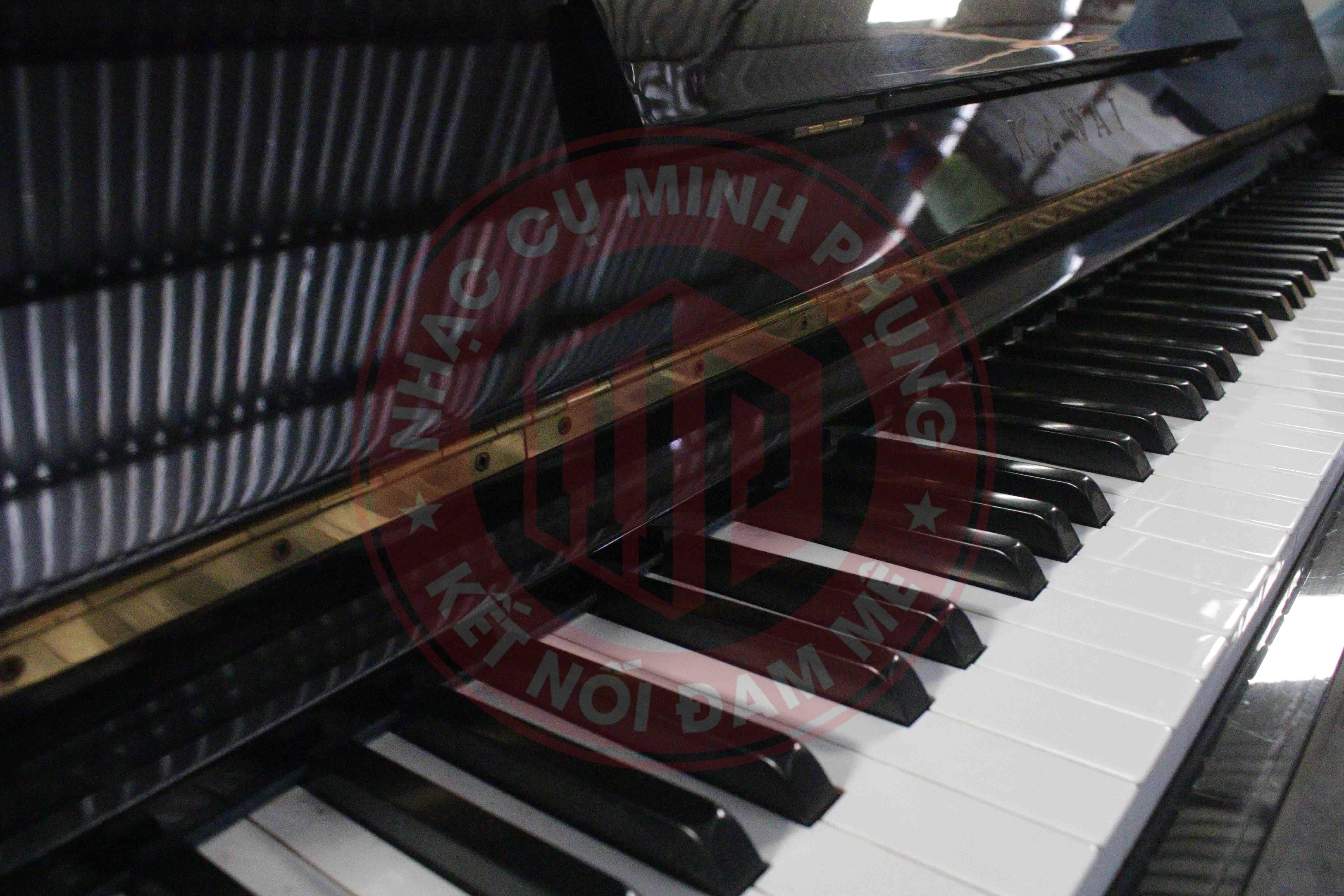 Đàn Piano cơ Kawai KU2