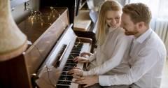 Làm Sao Để Đánh Đàn Piano Bằng 2 Tay Thật Chuyên Nghiệp