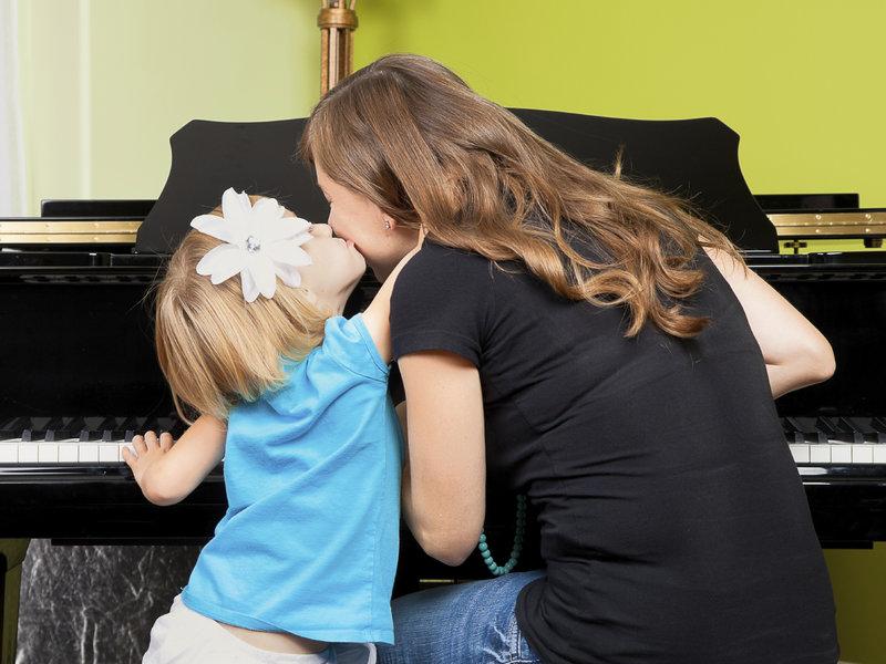 Cha mẹ là fan hâm mộ số 1 của trẻ khi các em học nhạc