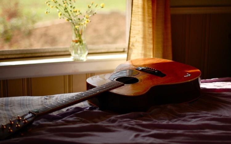 Mua đàn guitar của Greg Bennett chỉ từ 3 triệu