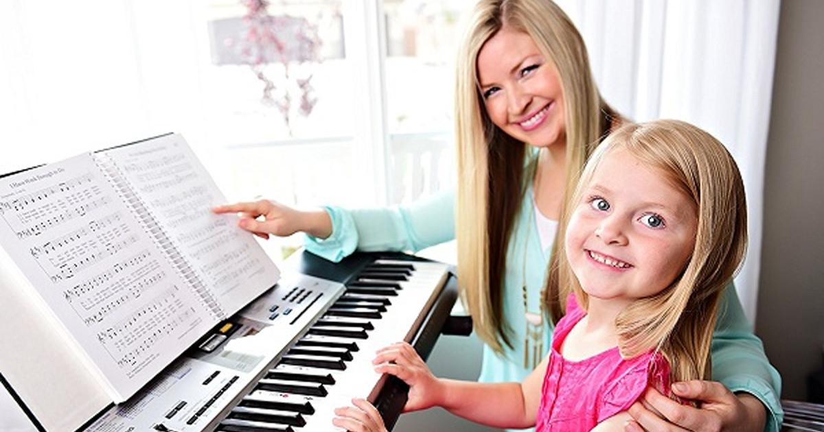 Nên mua đàn organ nào cho bé từ 4 đến 6 tuổi