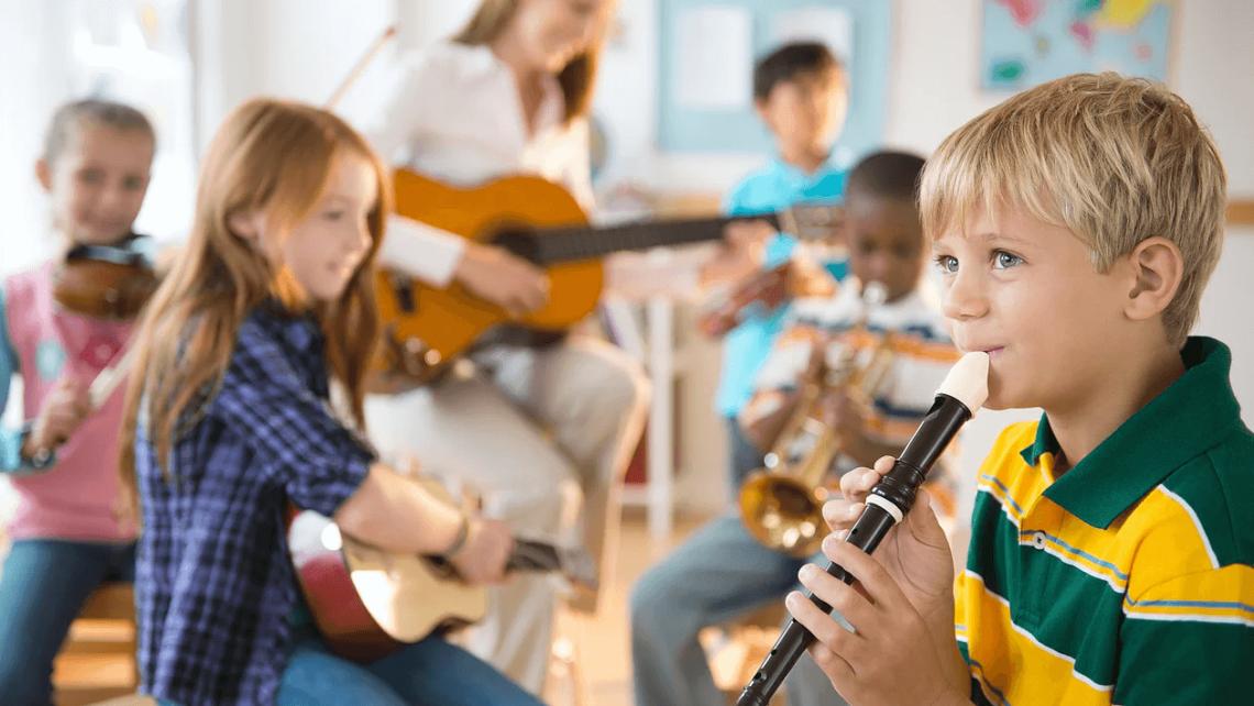 Nên cho trẻ học nhạc cụ để đạt được những lợi ích