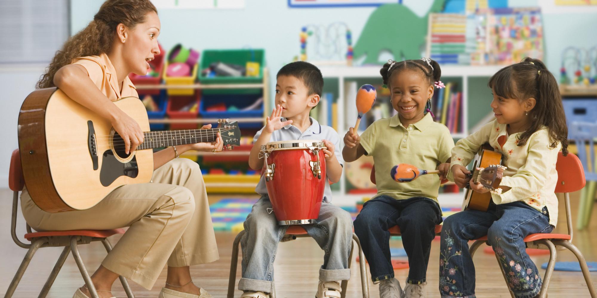 [Ý Kiến Chuyên Gia] Nên Cho Trẻ Học Nhạc Cụ Hay Không?