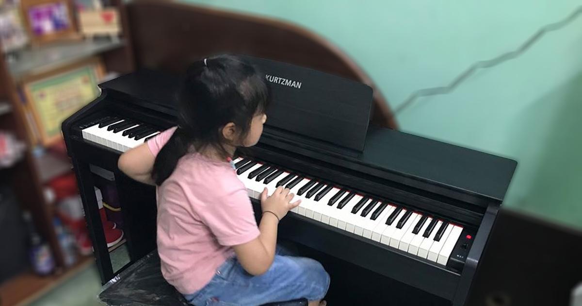 Độ tuổi thích hợp học piano nhất là khi nào