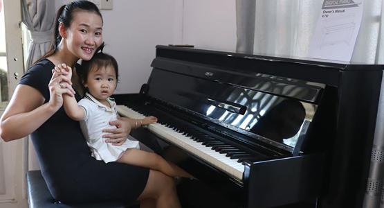 BẠN GẶP KHÓ KHĂN TRONG VIỆC QUYẾT ĐỊNH LỰA CHỌN PIANO CƠ HAY PIANO ĐIỆN?