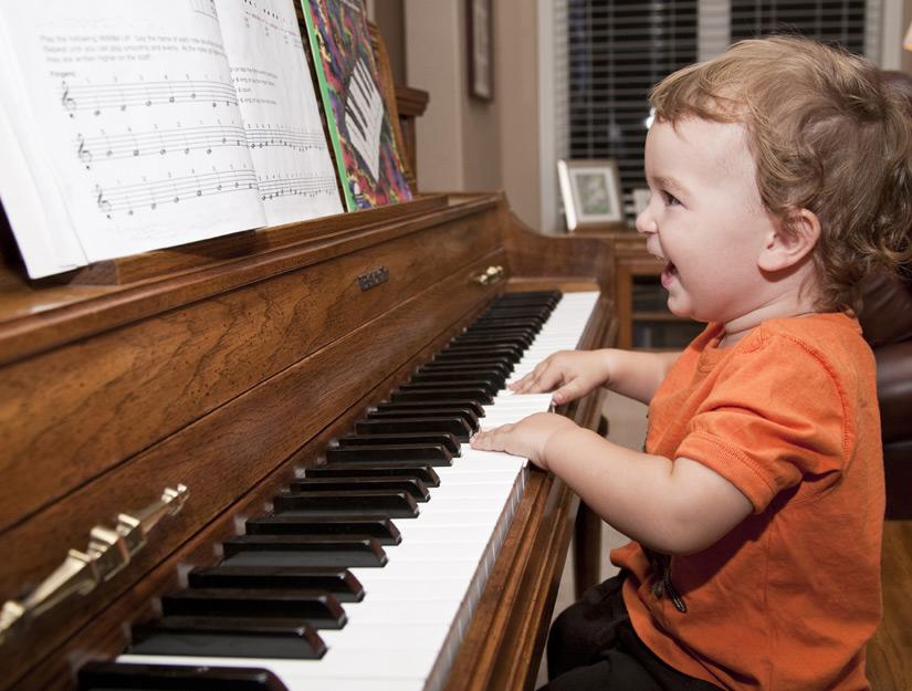 5 lợi ích khi cho con trẻ học đàn Piano