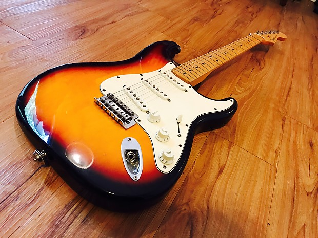 Review cây đàn guitar điện Fender Player Jazz