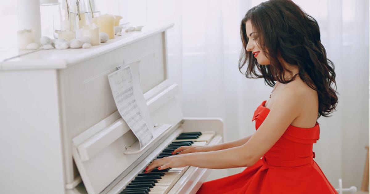 Tự Học Đàn Piano Căn Bản Mất Bao Lâu Cho Người Mới