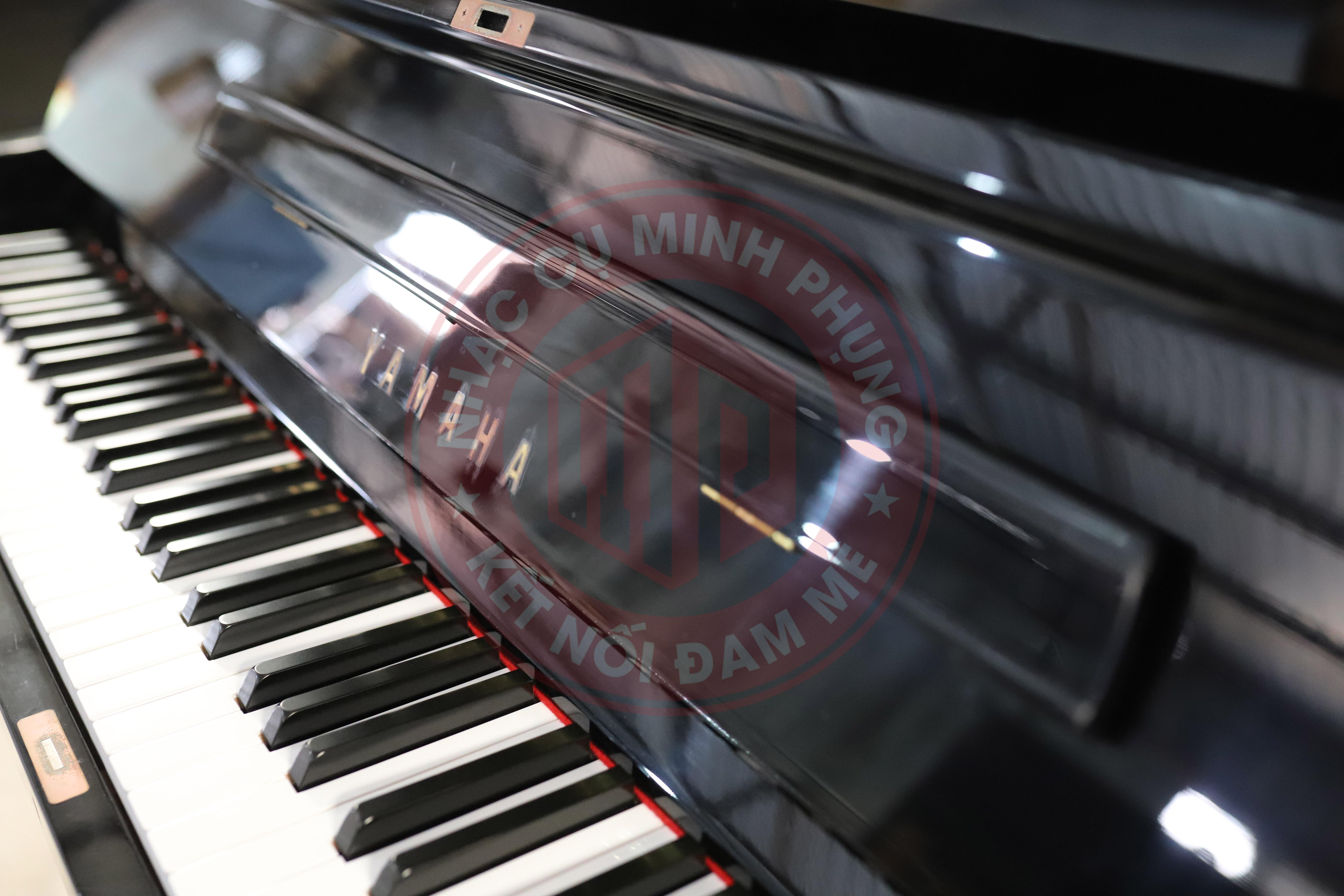 Đàn piano cơ Yamaha U3E
